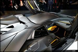 Lamborghini-Aventador-Carbonado-Apertos-Mansory-06