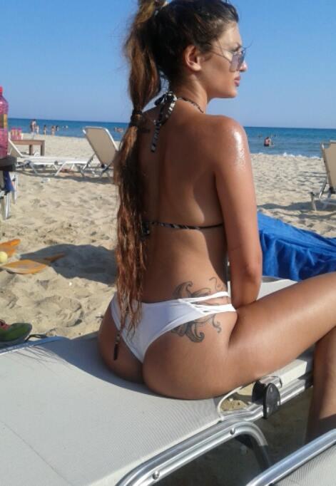 Lydia-Basta-Sexy-Aerosynodos-Kanoni-3