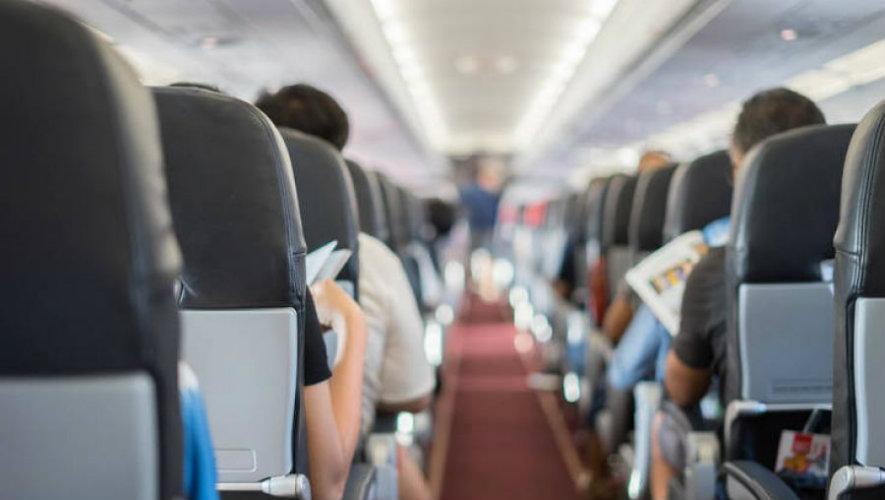 5 μεγάλα λάθη που κάνουμε μέσα στο αεροπλάνο