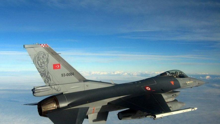 Μπαράζ παραβιάσεων από τουρκικά μαχητικά