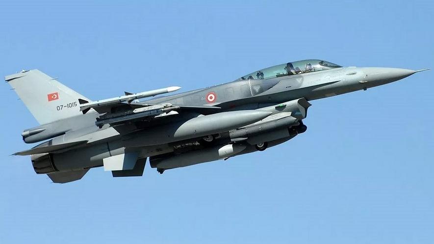 Τουρκία: Συντριβή πολεμικού αεροσκάφους με επτά νεκρούς!