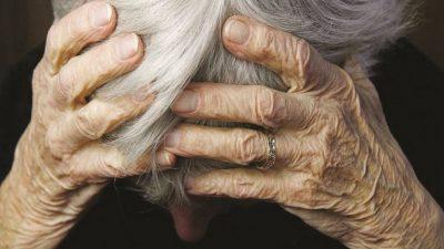 Απείλησαν ηλικιωμένη πως θα την πυρπολήσουν