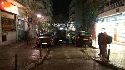 Θεσσαλονίκη: Τζιπάκι έπεσε πάνω σε τέσσερα σταθμευμένα ΙΧ