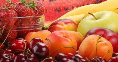 Το αντικαρκινικό φρούτο που συνιστάται στους καπνιστές