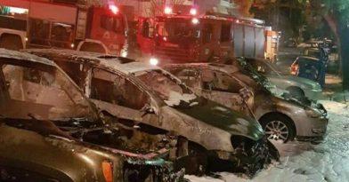 Νύχτα κόλασης στην Αττική με φωτιές σε 18 οχήματα!
