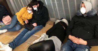 Κραυγή απόγνωσης από Έλληνες που εγκλωβίστηκαν στο Λονδίνο!