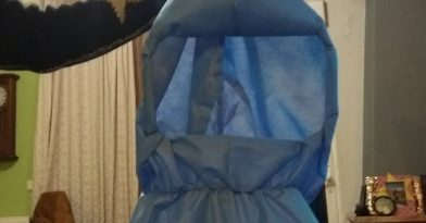Μοδίστρες της Ξάνθης φτιάχνουν στολές για το νοσοκομείο της πόλης