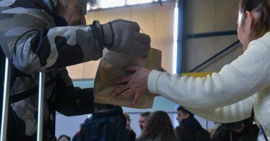 Κορωνοϊός: Κατ' οίκον διανομή τροφίμων στους άπορους!