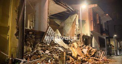 Θεσσαλονίκη: Κατέρρευσε σπίτι από την βροχή (pics)