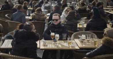 Κορονοϊός- Σουηδία: Στους 687 οι νεκροί – 8.419 τα κρούσματα