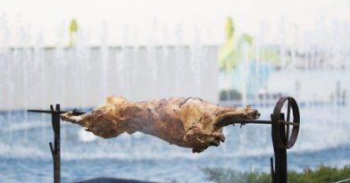 Κορωνοϊός: Τι κάνουμε φέτος με το σούβλισμα του αρνιού;