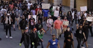 ΗΠΑ: Νέος θάνατος Αφροαμερικανού από πυρά αστυνομικών στο Λούιβιλ!
