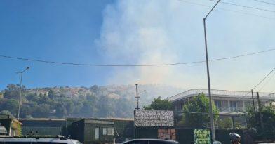 Φωτιά στη Βάρη: Μεγάλη επιχείρηση της Πυροσβεστικής