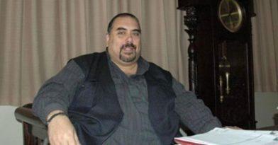 Πέθανε ο αστρολόγος Πητ Παπαδάκος