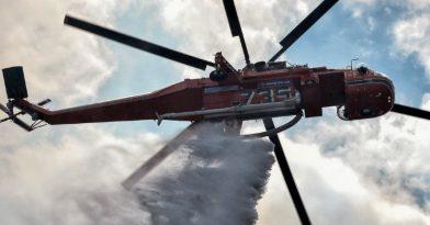 Φωτιά στη Νάξο: Εκκενώθηκε οικισμός!