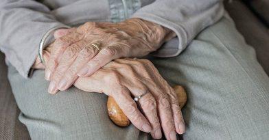 Κορονοϊός: Κατέληξε 74χρονη
