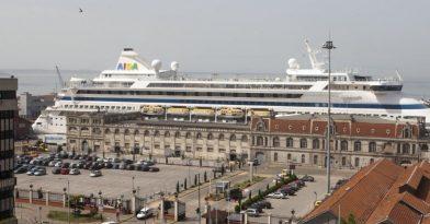 «Έδεσε» κρουαζιερόπλοιο στη Θεσσαλονίκη