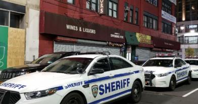 Κορονοϊός: Έφοδος της αστυνομίας σε swingers club στη Νέα Υόρκη