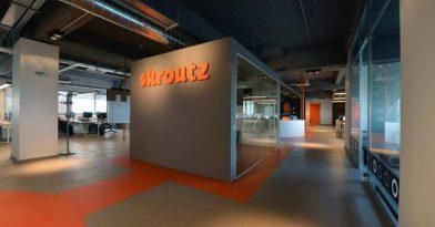 Skroutz: Απέκτησε δική της εταιρεία κούριερ