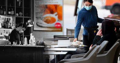 Αργεντινή: Σερβιτόρος «ξάπλωσε» πελάτη! (video)