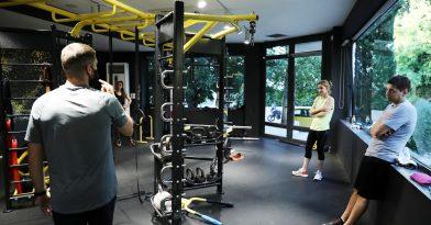 Γεωργιάδης για γυμναστήρια, γάμους και δεξιώσεις (video)