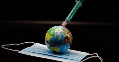 Εμβόλια: Οι ήπιες και οι σοβαρές παρενέργειες