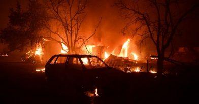 Ολονύχτια μάχη με τις φλόγες