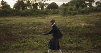 Έλληνας δίνει μάθημα ζωής από την Τανζανία
